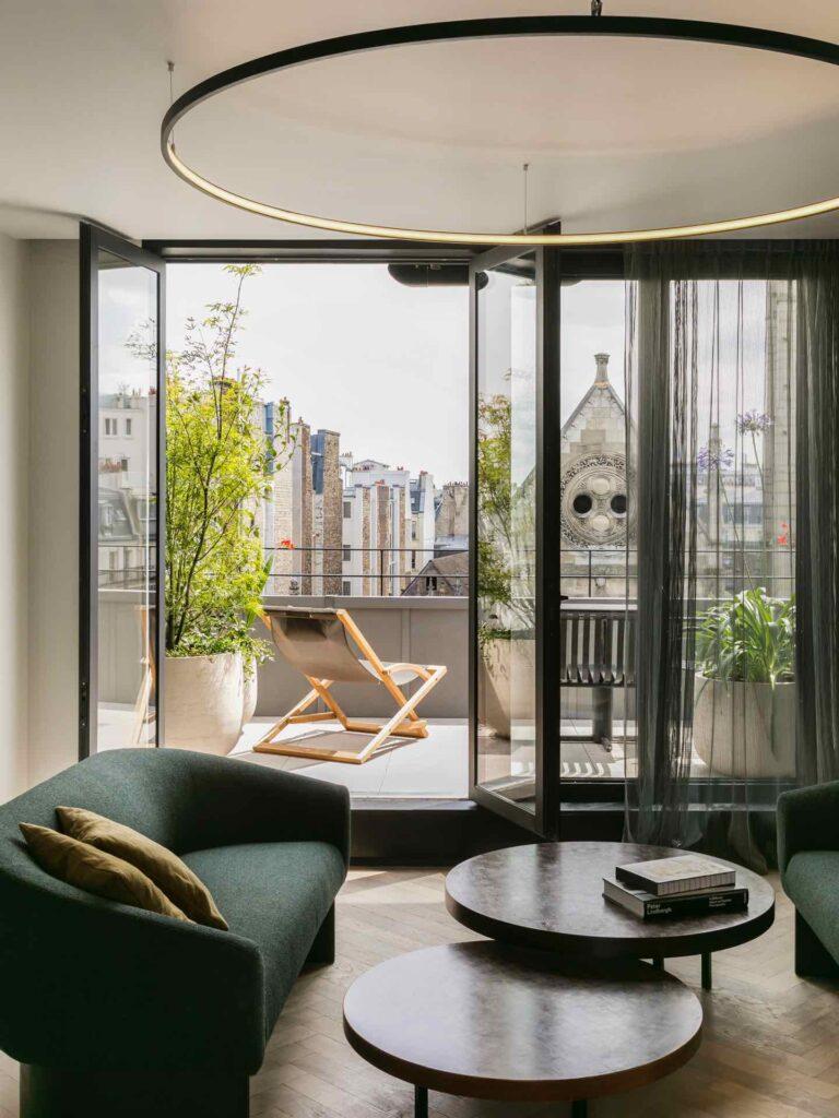 luxury hotels paris